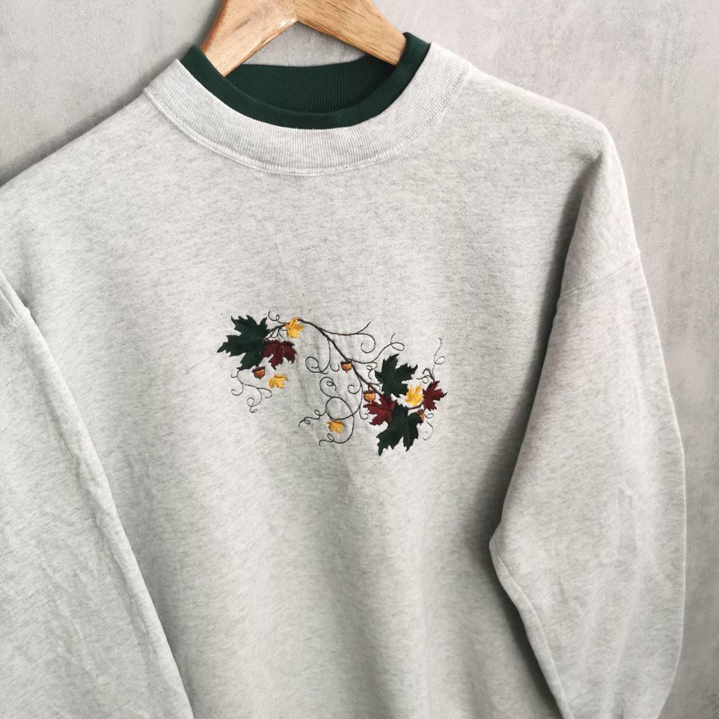90er jahre sweatshirt grau meliert mit herbst prints gestickt