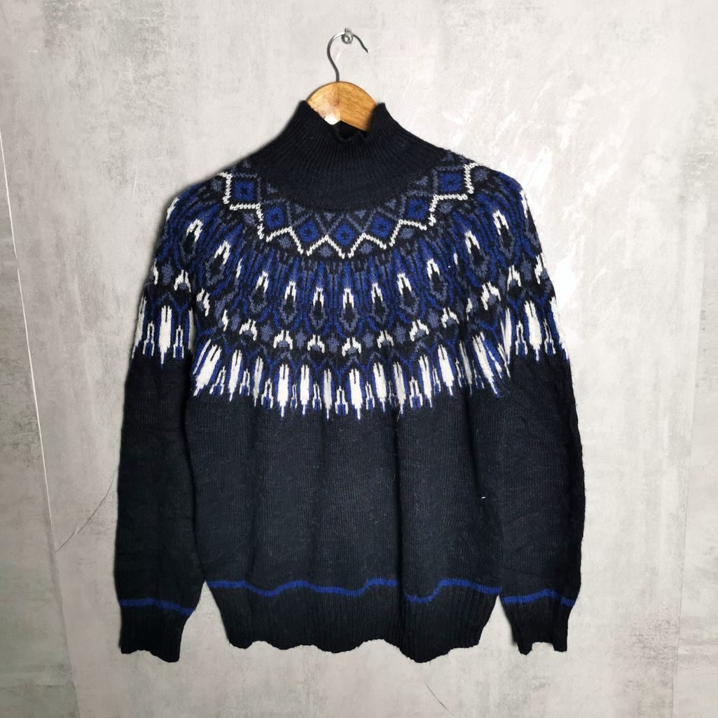 Angora Vintage Hand Knit Pullover- Handcrafted Norweger Style Unisex M
