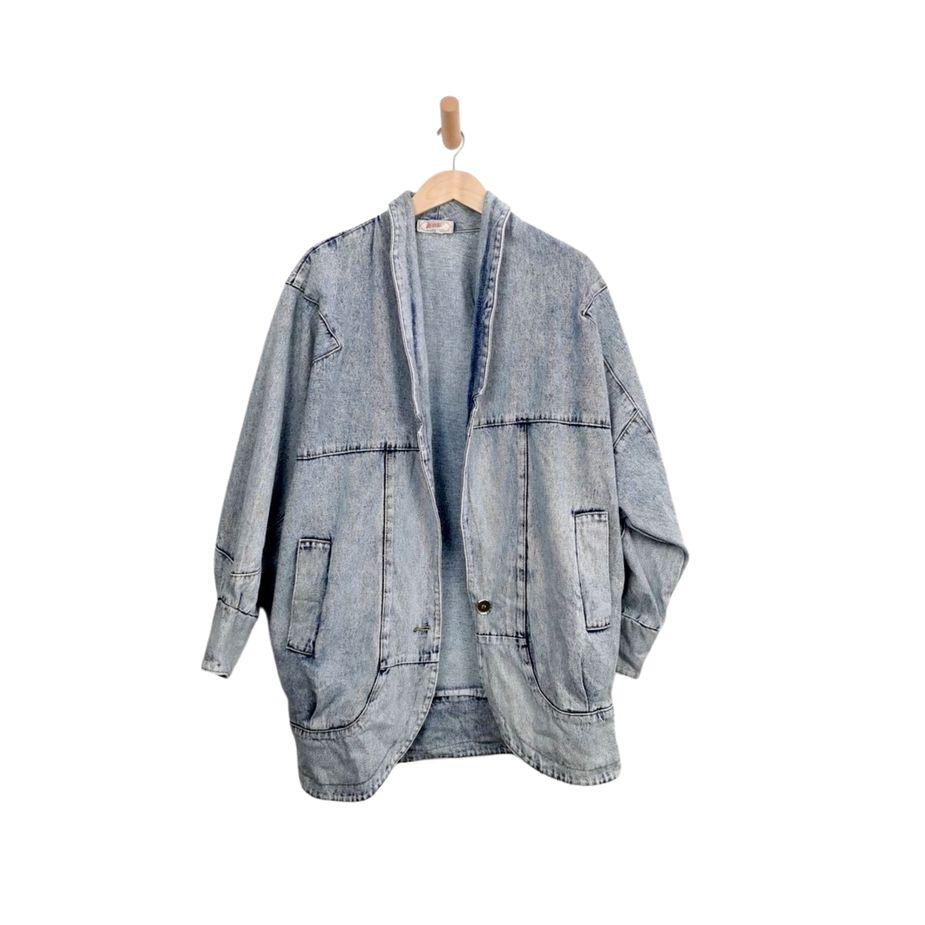 80er-frauen-vintage-blazer-überdimensional-stone-washed-denim vintage-jacke-front