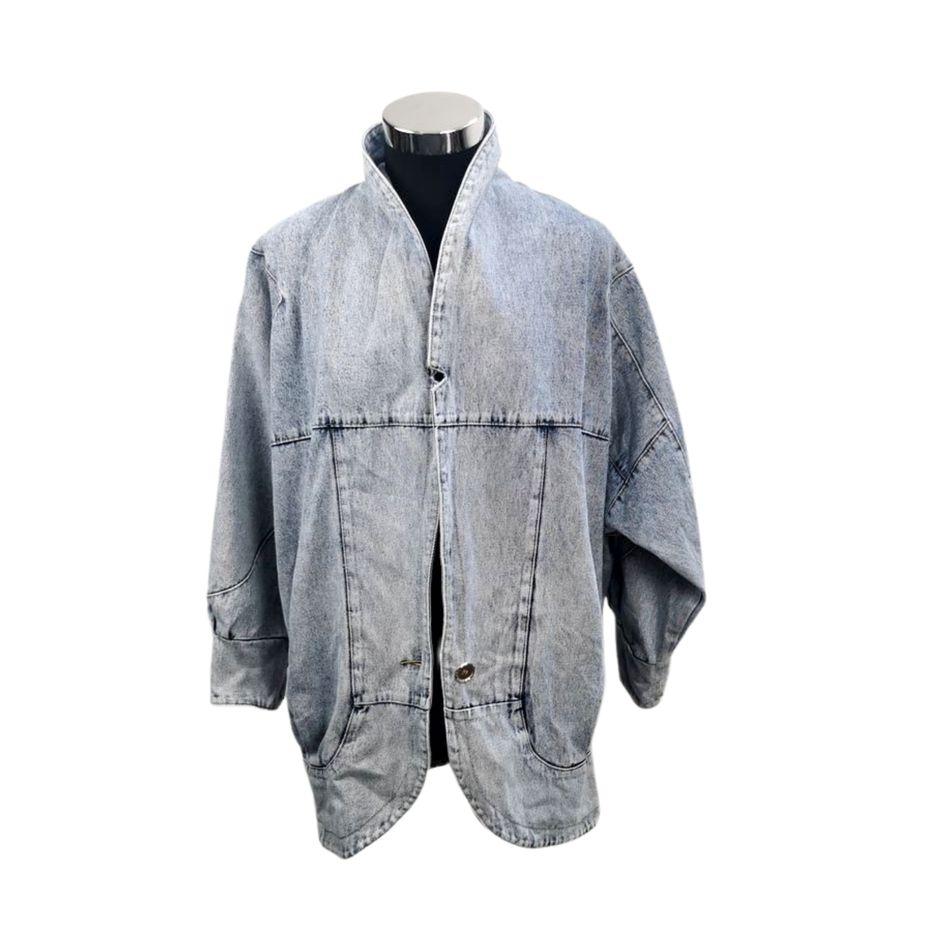 80er-frauen-vintage-blazer-überdimensional-stone-washed-denim vintage-jacke-geschlossen