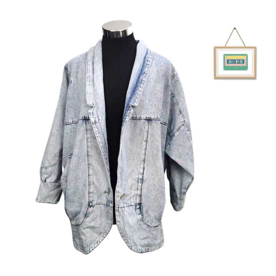 80er-frauen-vintage-blazer-überdimensional-stone-washed-denim vintage-jacke-vorne