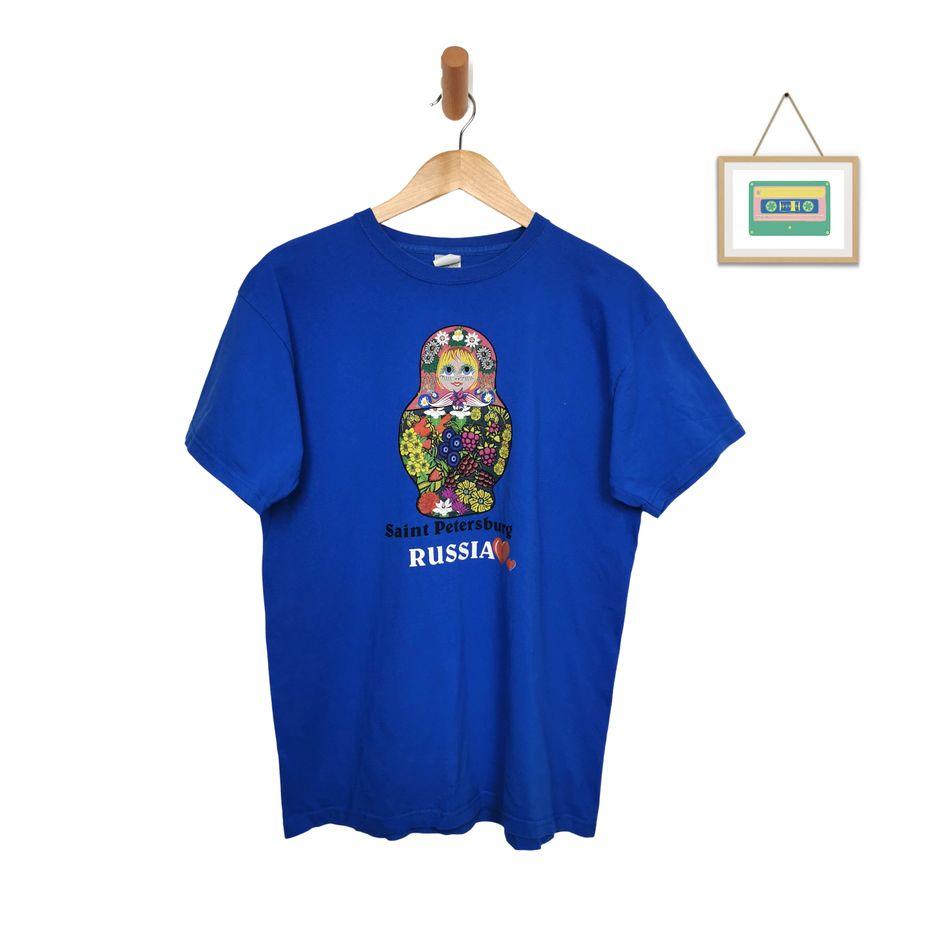 vintage-t-shirt-matrjoschka-love-russia-souvenir-shirt-unisex-blau-front